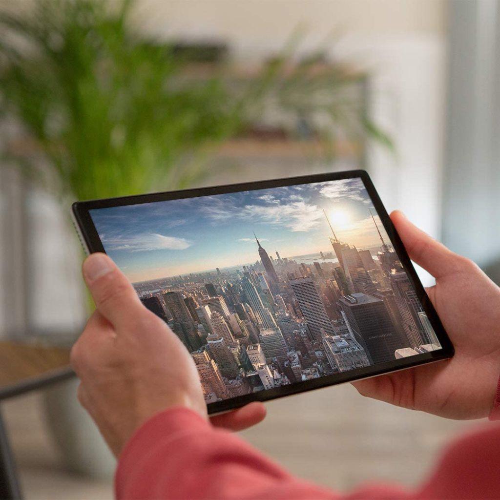 Tablette Lenovo M10 image 1